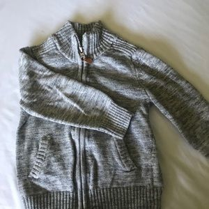 Boys H&M zip up sweater 2t - 4t